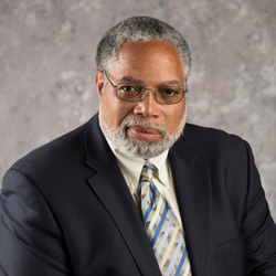 Lonnie G. Bunch III photo